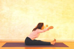 KOpf-Knie-Stellung, Dynamik und Offenheit