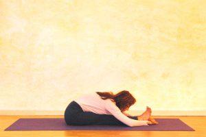 Kopf-Knie-Stellung – Ruhephase innerhalb der Spannungen