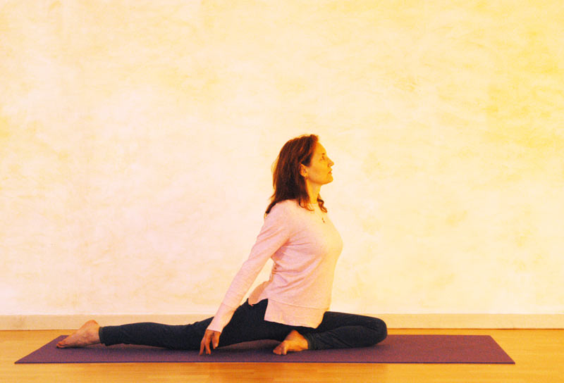 Yogaübung Taube Vorbereitung