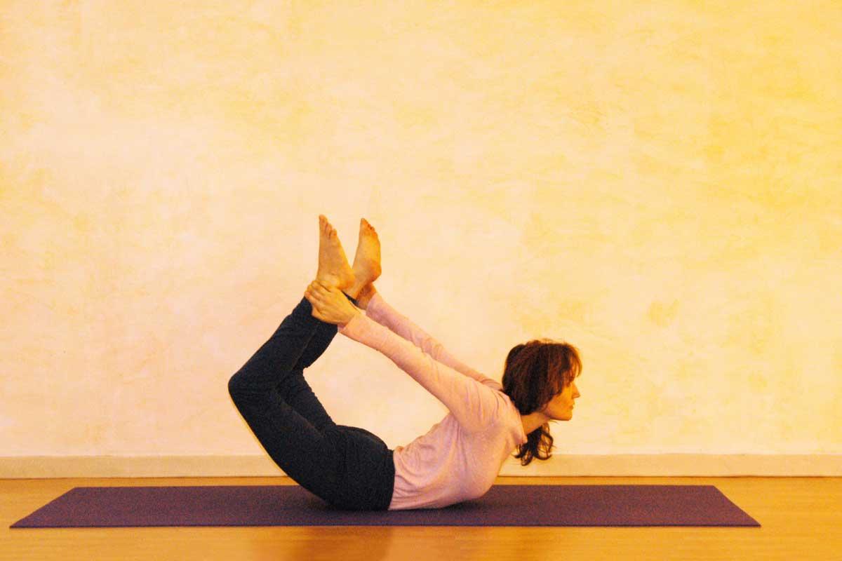 Yogaübung Bogen zentriert und erweitert