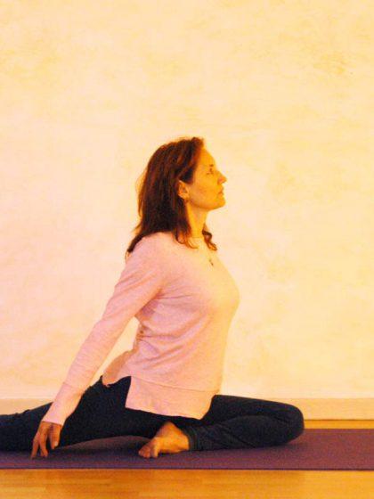 Basis für die Yogaübung Tauben