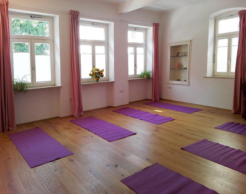 Yogaraum Fensterseite